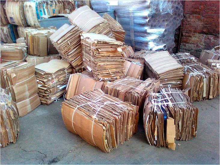 Источником сырья могут стать газеты или картонные упаковки из макулатуры