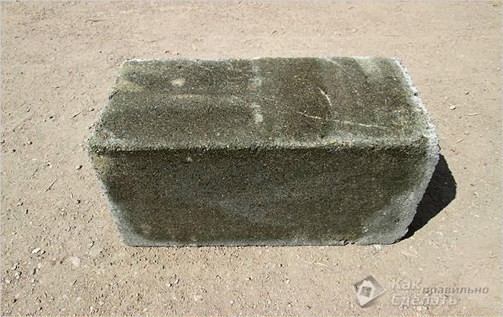 Бетонный блок 40×20×20 для фундамента