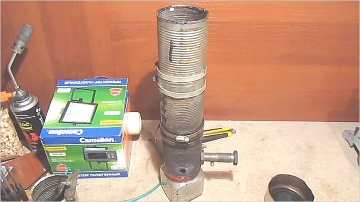 В более усовершенствованной модели газогенератора подача воздуха сделана иначе
