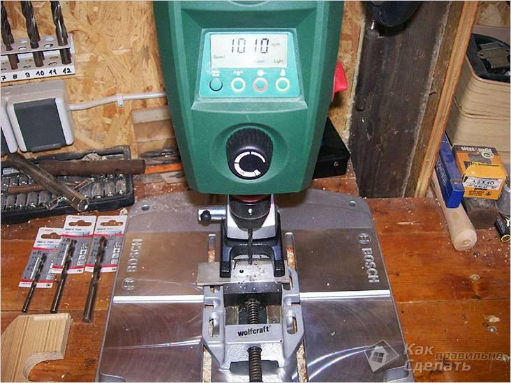 Сверлильный станок имеет функцию плавного изменения скорости