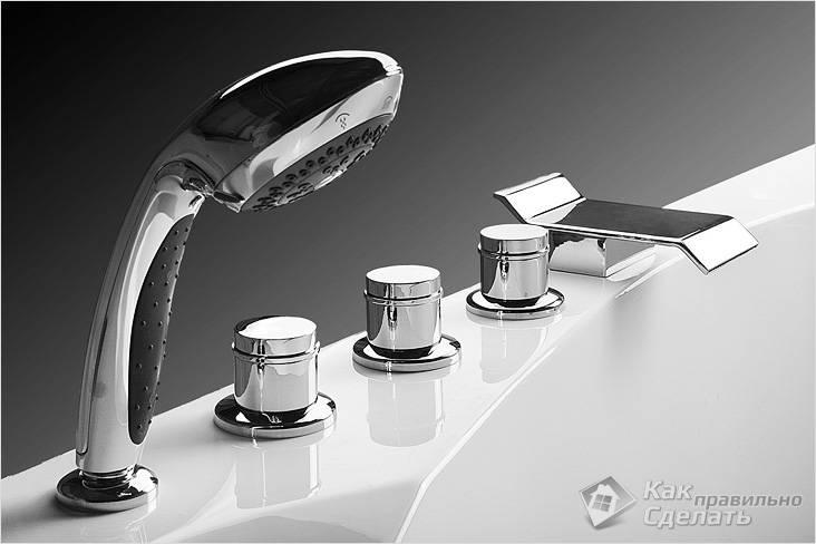 Врезной смеситель на борт ванны