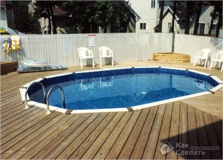 Заглубленный деревянный бассейн