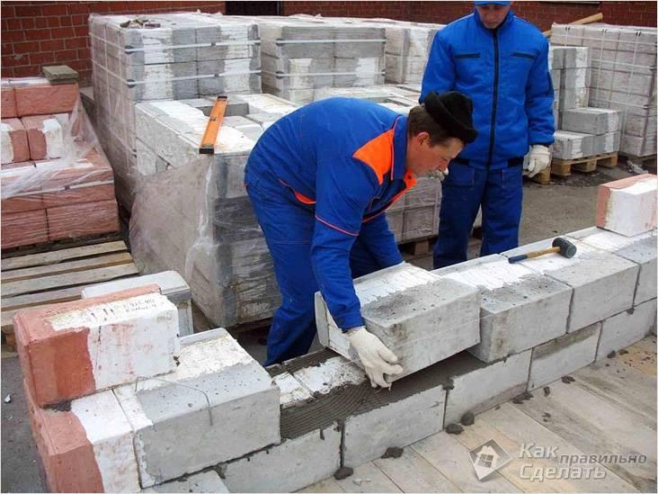 Кладка блоков газосиликатных