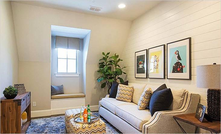 Мягкая мебель в малогабаритной гостиной