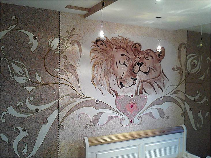 Красивая картина в спальне