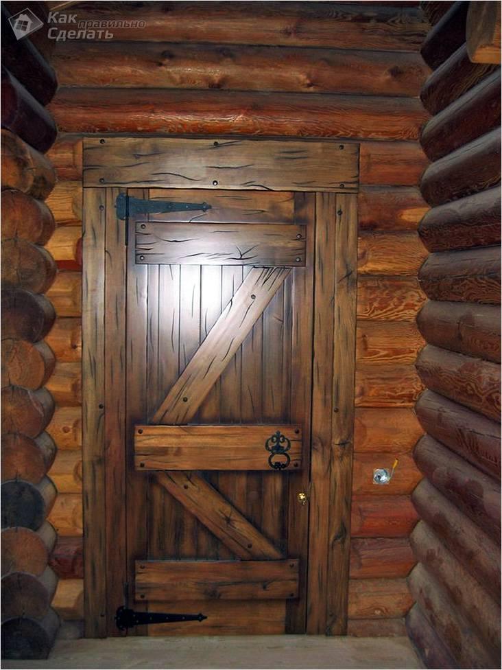 Состаренные двери из массива