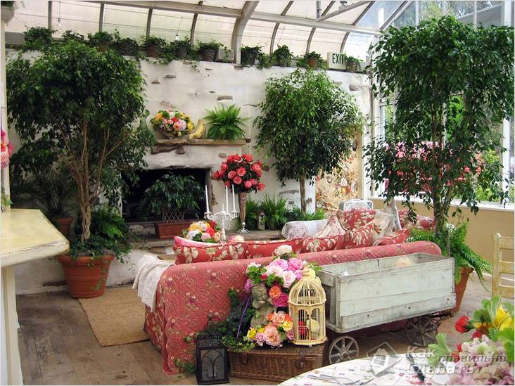 Зимний сад с камином