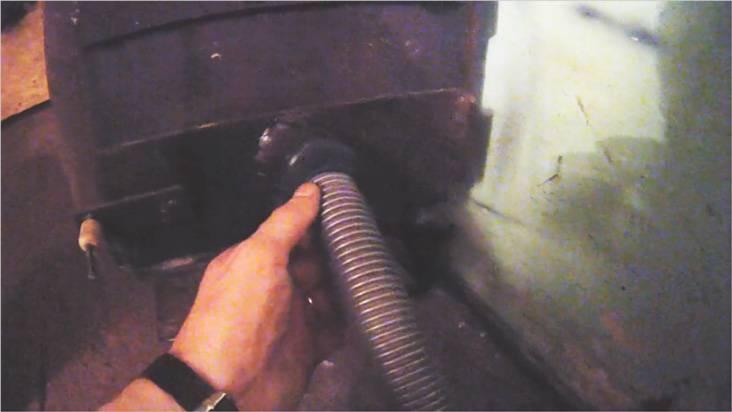 Трубопровод подключили к имеющейся печи