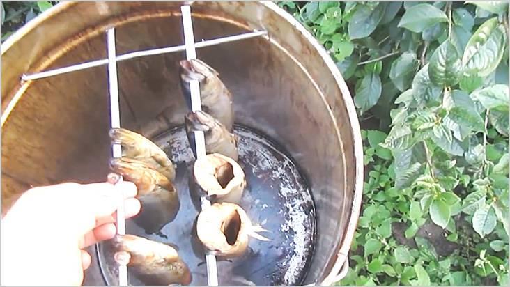 Для продуктов использовали старые шампура