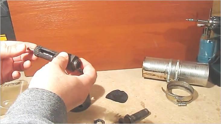 Трубка должна быть чувствительно меньше внутреннего диаметра сгона