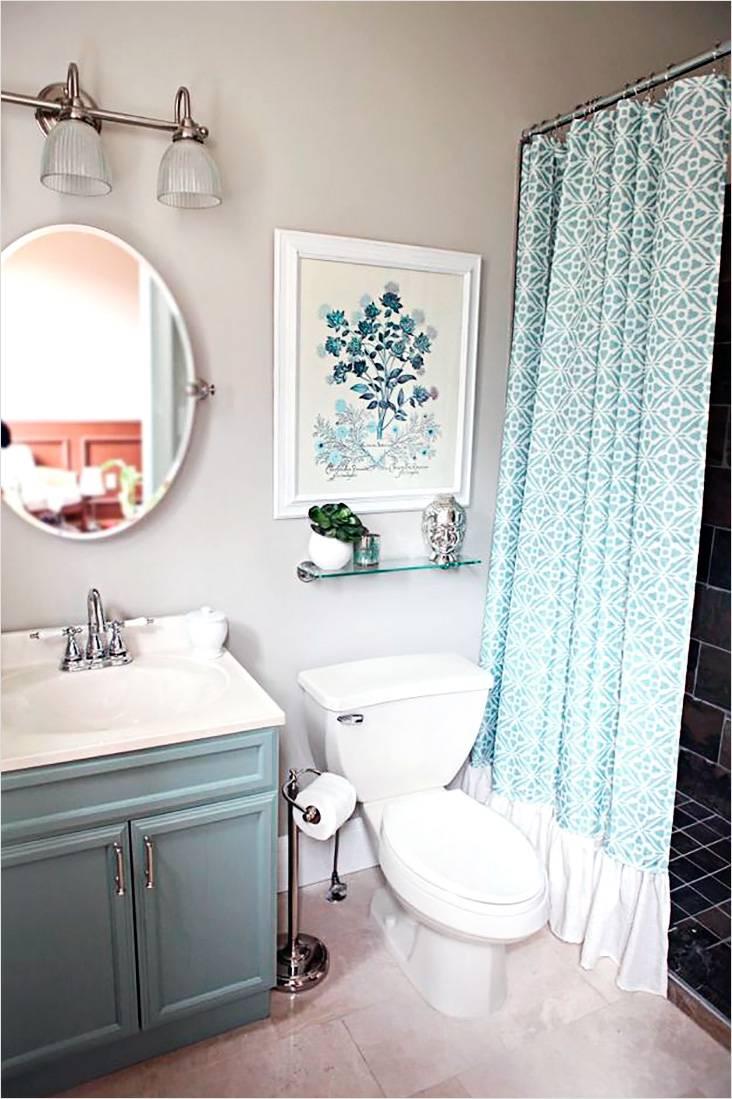 Ванная комната, выполненная в французском кантри