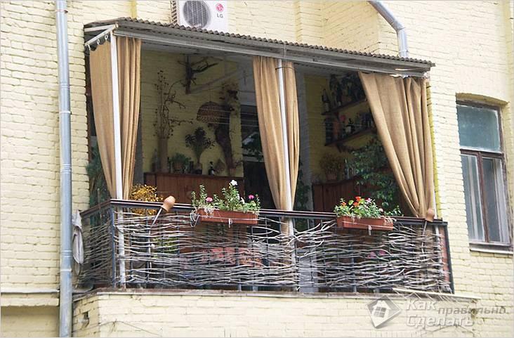 Балкон оформлен в стиле прованс