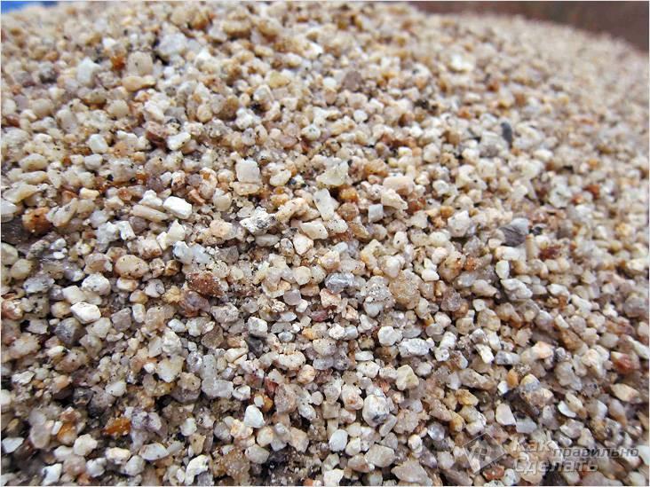 Лучше использовать крупнозернистый песок