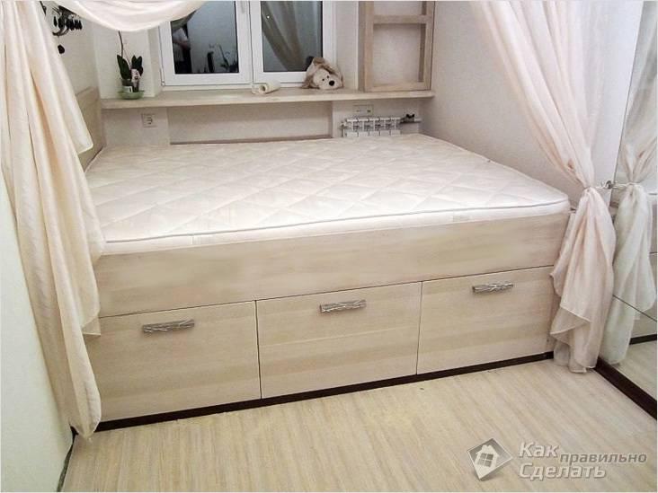 Подиум кровать с выдвижными ящиками