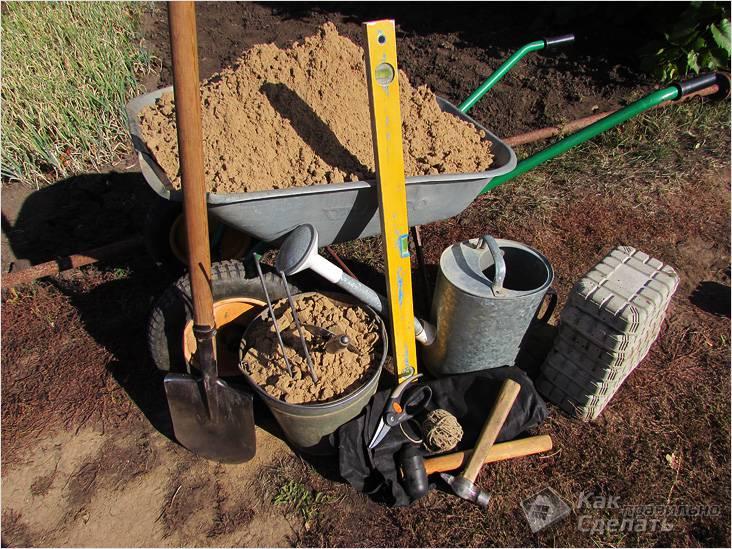 Инструменты и материалы для строительства дорожки