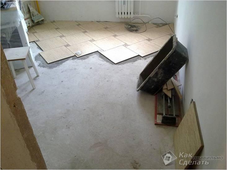 Укладка плитки на выровненный пол