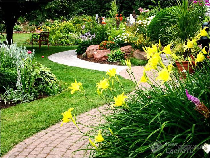 Дорожки на садовом участке