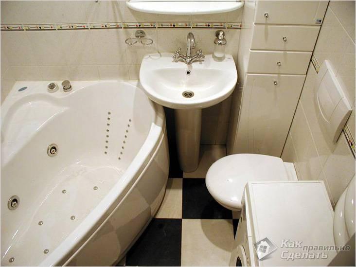 Размещение предметов сантехники в маленькой ванной