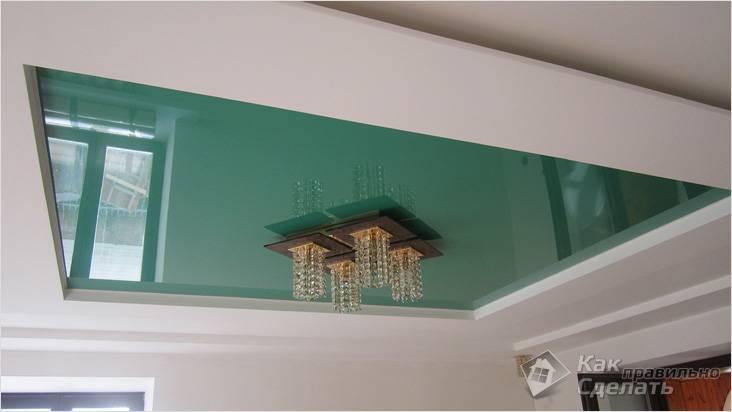 В сочетании с натяжным потолком