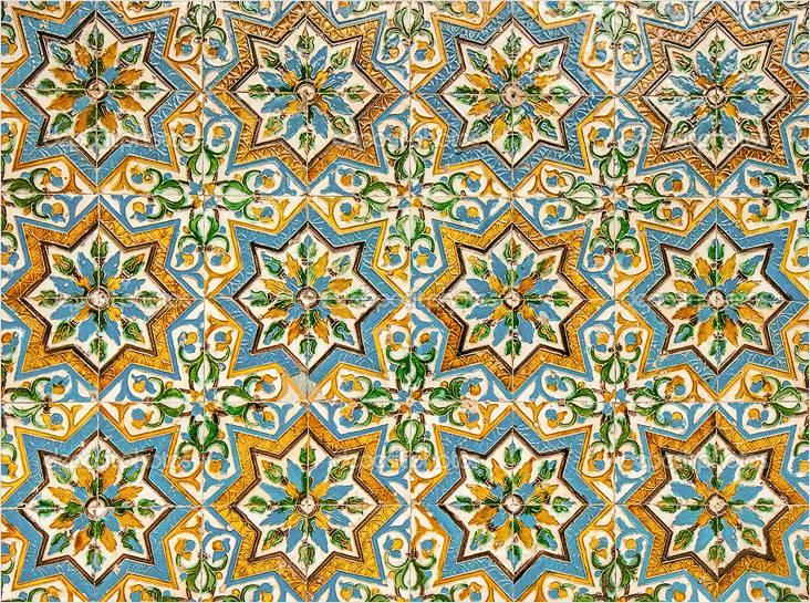 Плитка зелидж имеет узнаваемый орнамент