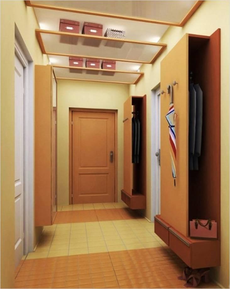 В крайнем случае выручат узкие шкафчики для одежды