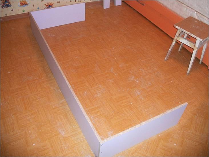 Нижняя часть кровати собрана