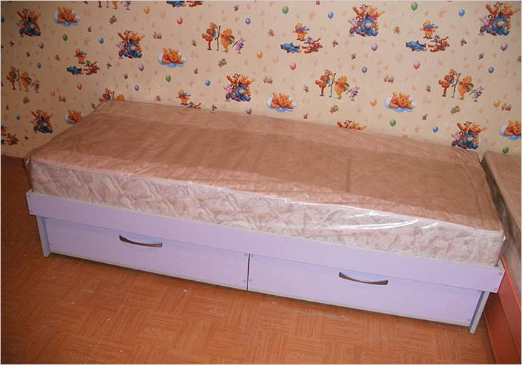Кровать готова