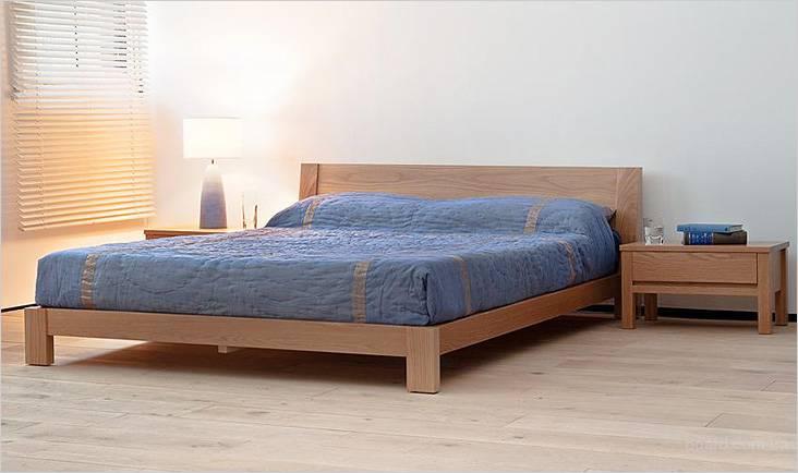 В этой модели кровати не предусмотрены бортики для удерживания матраса