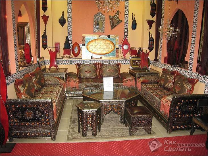 Резная арабская мебель
