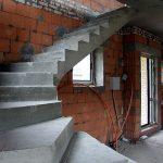 56a38a2dd9d3baea33349812_concrete-staircase-marselle-003_новый размер