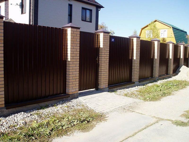 Как сделать забор из профнастила: пошаговая инструкция для самостоятельного строительства забора из профлиста