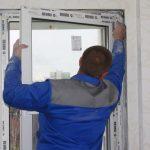 Как-самостоятельно-снять-с-петель-пластиковое-окно_новый размер