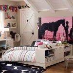4-teen-girls-bedroom-20-700x700_новый размер