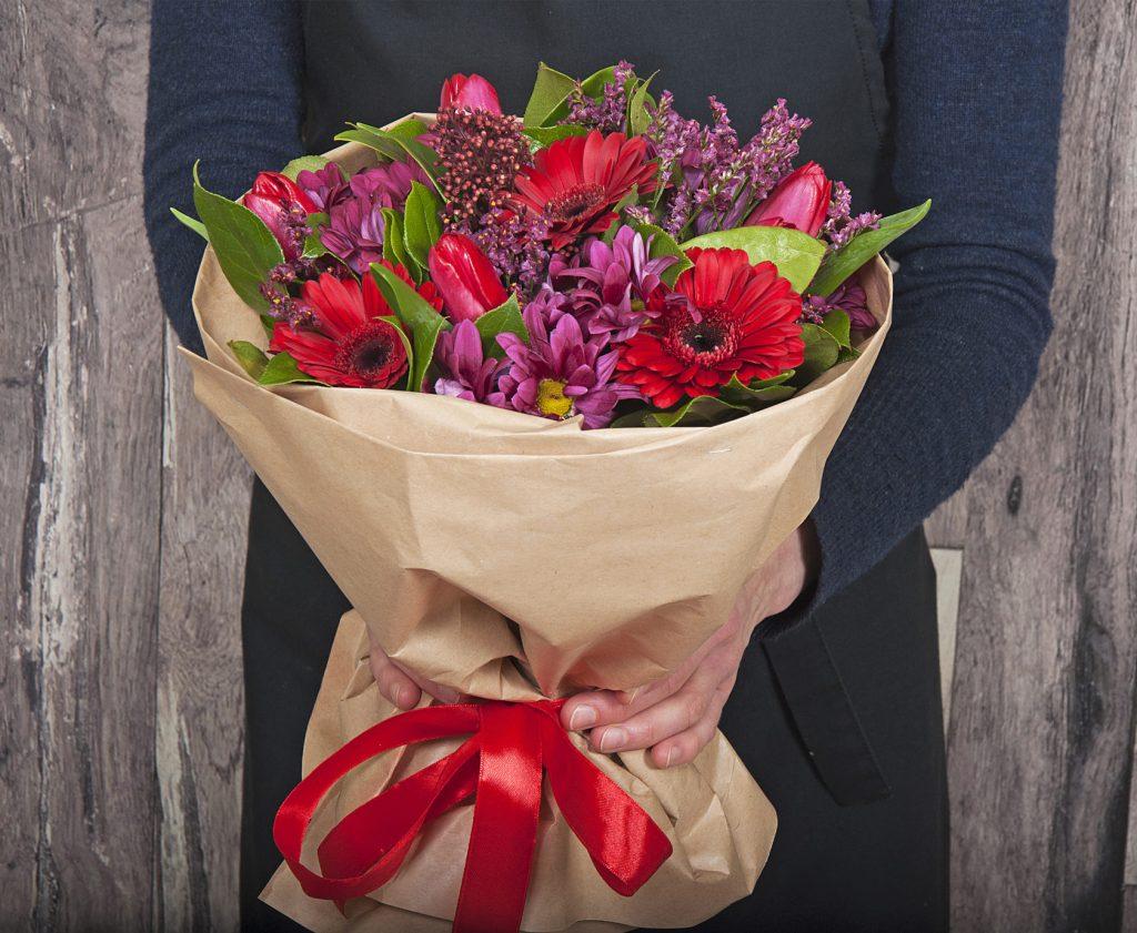 Доставка цветов от студии флористики Cvetochki