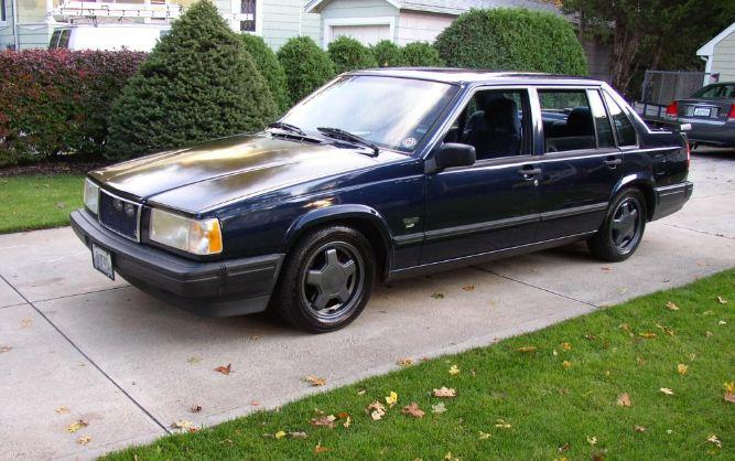 Volvo (Вольво) 900
