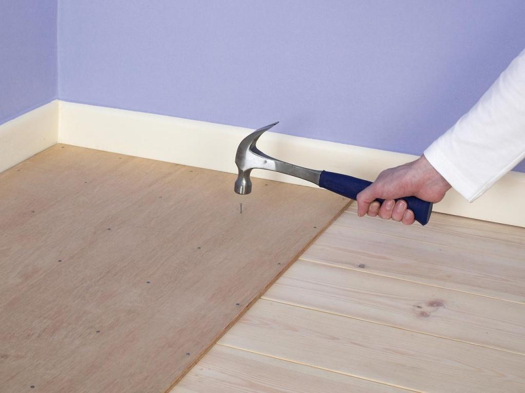Как укладывать ламинат на деревянный пол своими руками